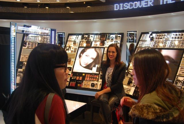 Sigourney Cantelo Vogue Beauty Editor does a talk at Chanel Make Up Studio