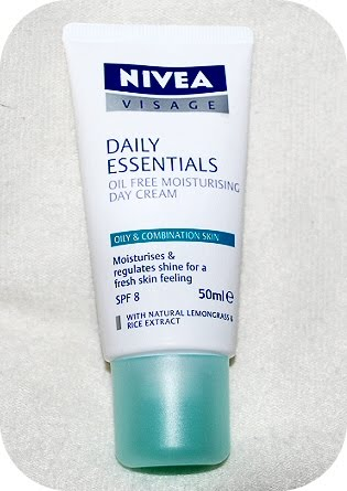 Nivea Daily Essentials for Oily & Combination Skin